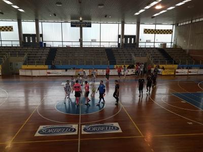 L'ingresso in campo di Lamezia Soccer e Bisignano Magic Games