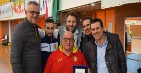 I ringraziamenti dell'Enotria Five Soccer al dirigente Frank Tedesco