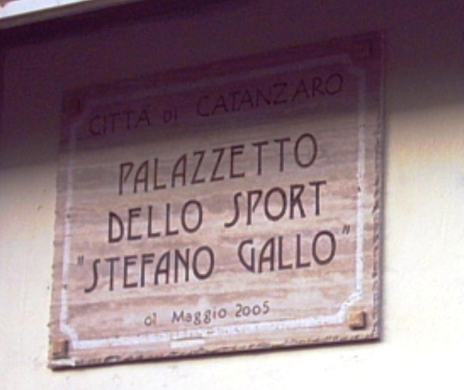 Inaugurazione targa dedicata a Stefano Gallo